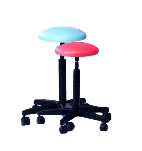 Height-adjustable medical stool with casters